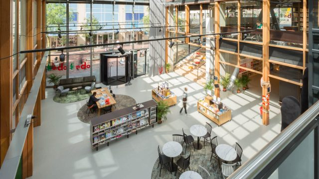 Aatvos-OBA-Bijlmerplein-bibliotheek-design10