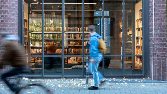 Aatvos_Koln-Kalk_library-social-inclusion-16
