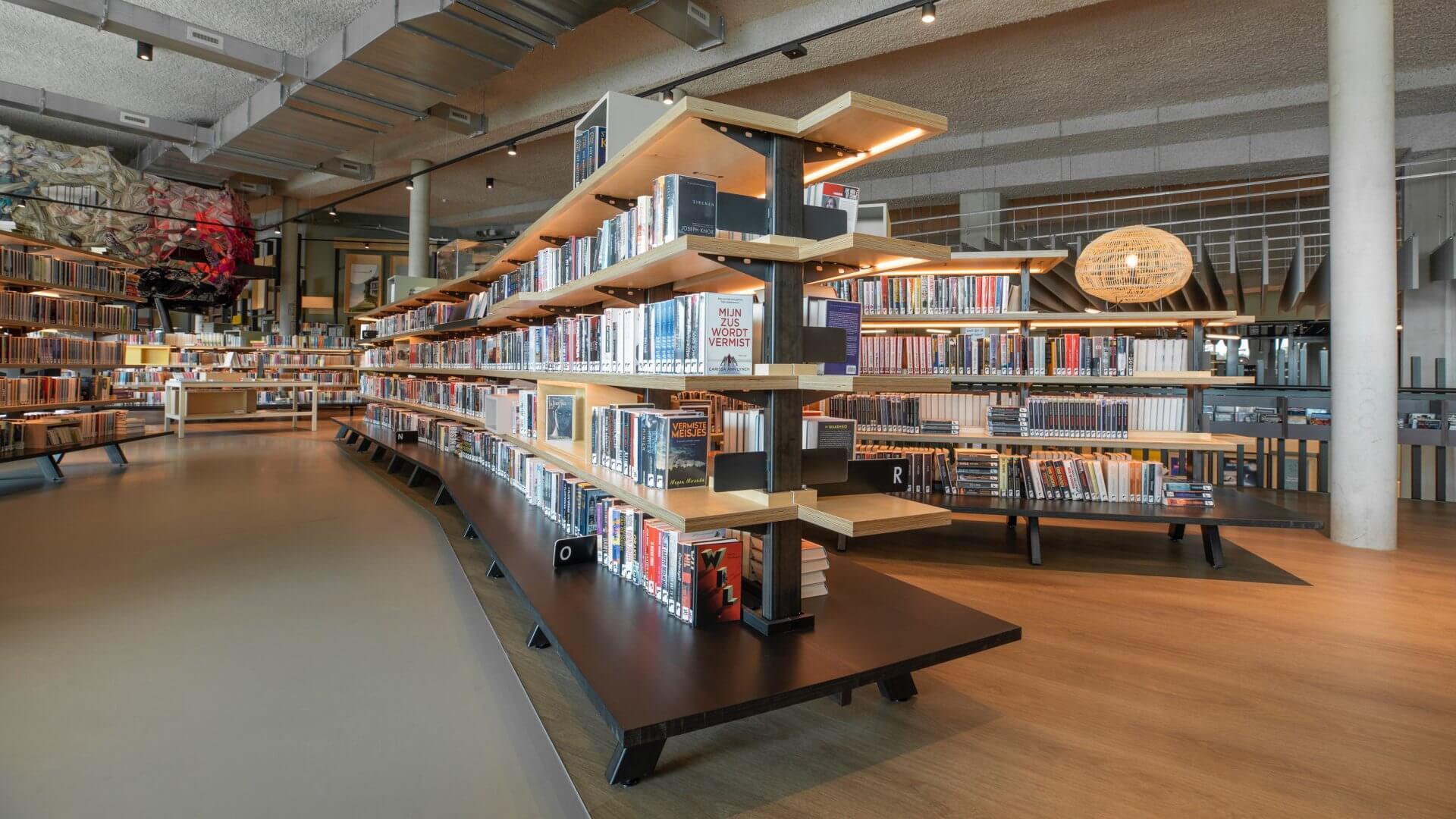 11. Alphen BibliotheekJPG