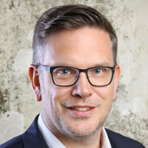 Dr. Nils Köhler